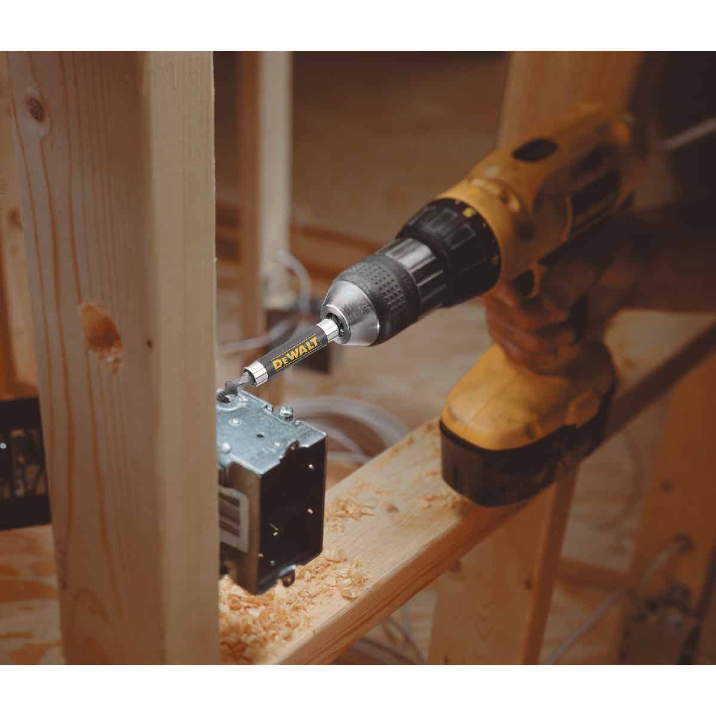 DeWalt 1/4 In. Hex x 3 In. Magnetic Bit Holder Image 2